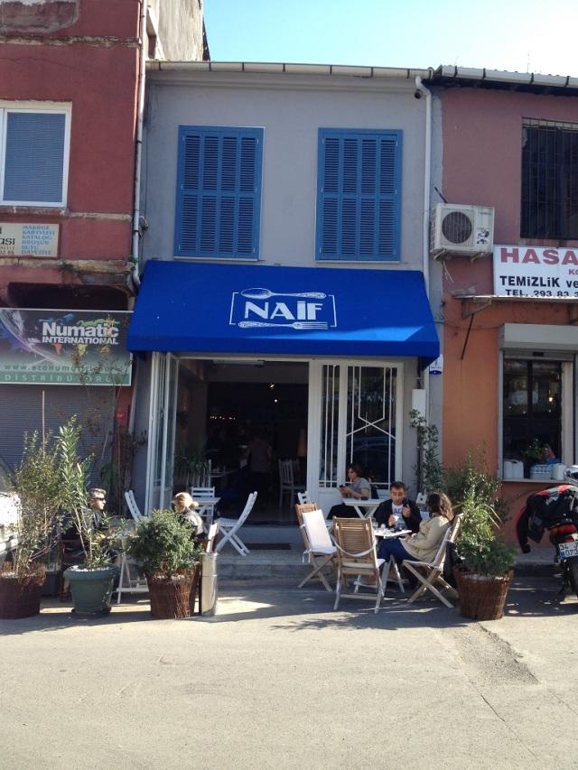 naif (12)