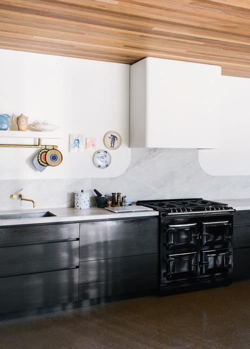 koyu.renkli.mutfaklar (11)