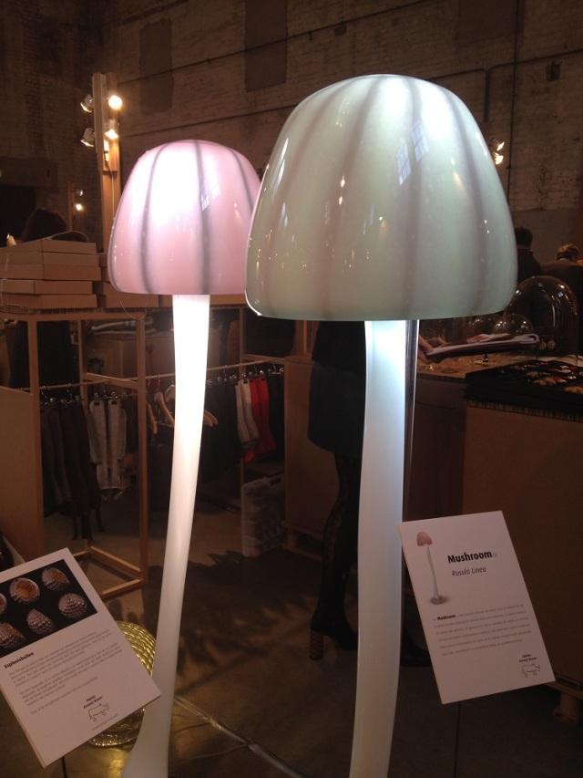 mushroom-lamp