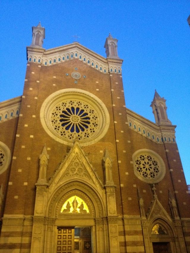 st-antuan-church-beyoglu (9)