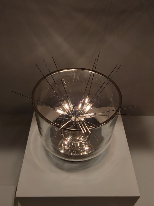 light-sticks-lamp-moma (1)