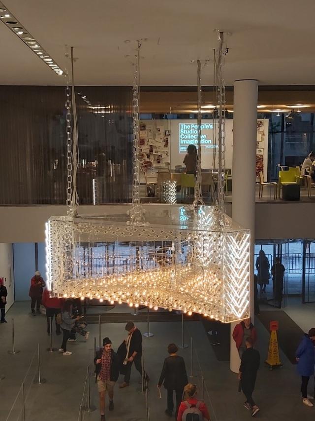 moma-chandelier (2)