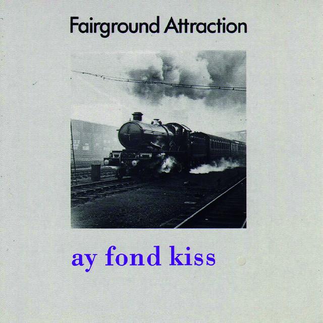 ay-fond-kiss